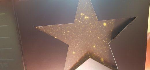 сюрприз в обложке Blackstar
