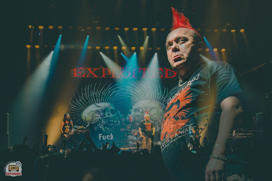 The Exploited Уотти Бьюкэн