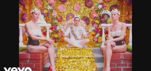 Клип Bleachers - Don't Take The Money