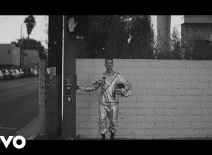 Клип Depeche Mode - Cover Me