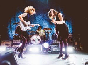 Sleater-Kinney – Here We Come