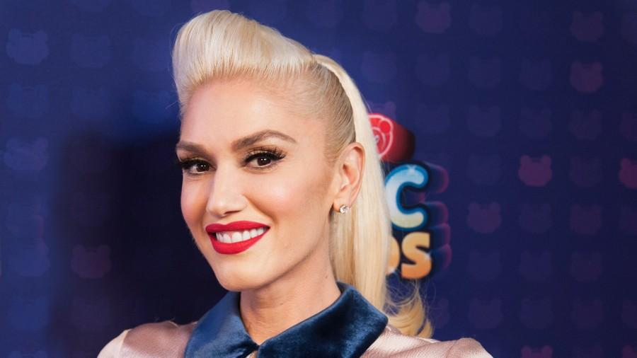 Рождественский альбом Gwen Stefani - You Make It Feel Like Christmas: что пошло не так?