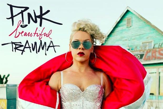 Новый клип Pink - Beautiful Trauma: сойти с ума с Ченнингом Татумом