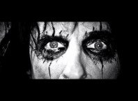 Клип Alice Cooper – The Sound Of A