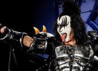 Басист Kiss Джин Симмонс не появится в рекламе марихуаны