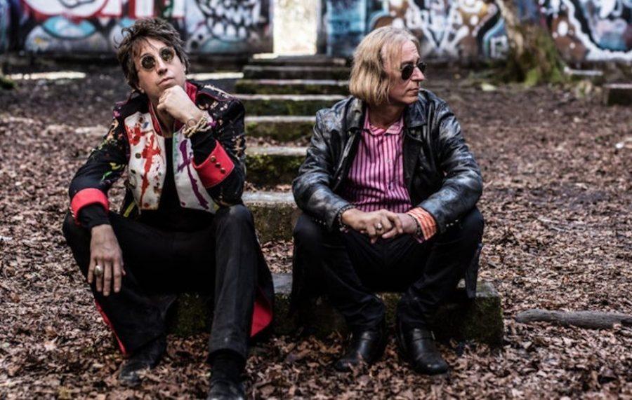 Дебютный альбом Arthur Buck выйдет в июне: участники R.E.M. представили новый проект