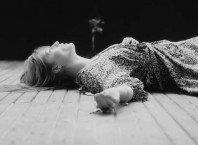 Слушать сингл Florence + The Machine - Sky Full Of Song