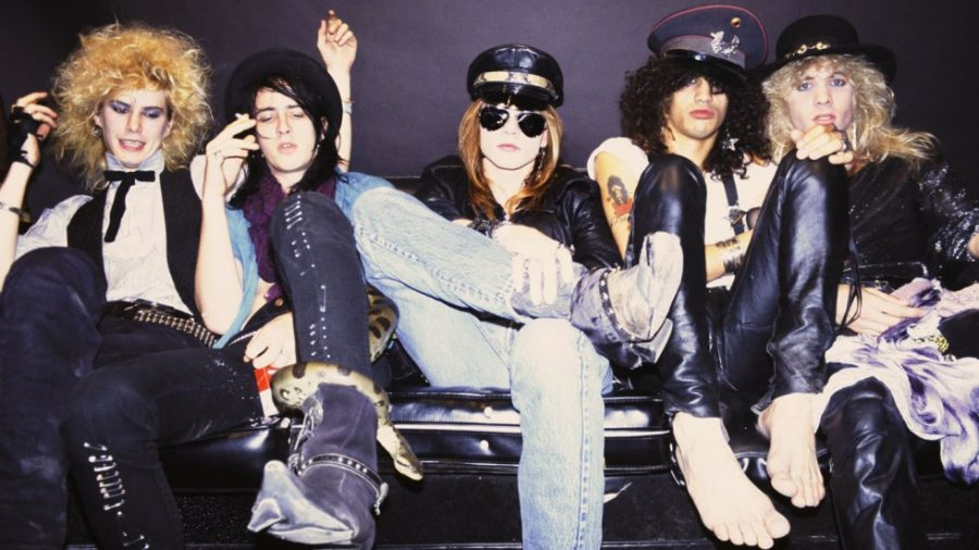 работает над новым материалом для Guns'n'Roses