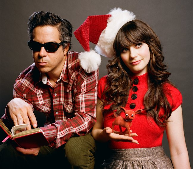 клип She & Him - Christmas Memories: видео