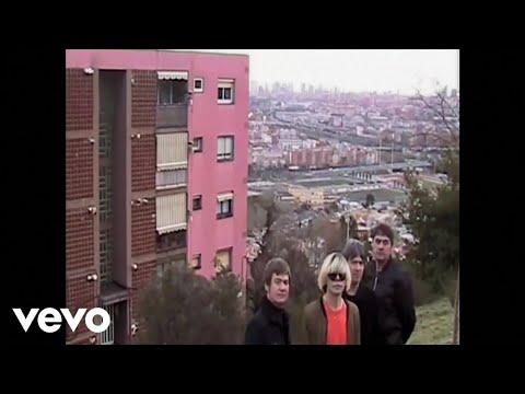 Клип The Charlatans - Plastic Machinery