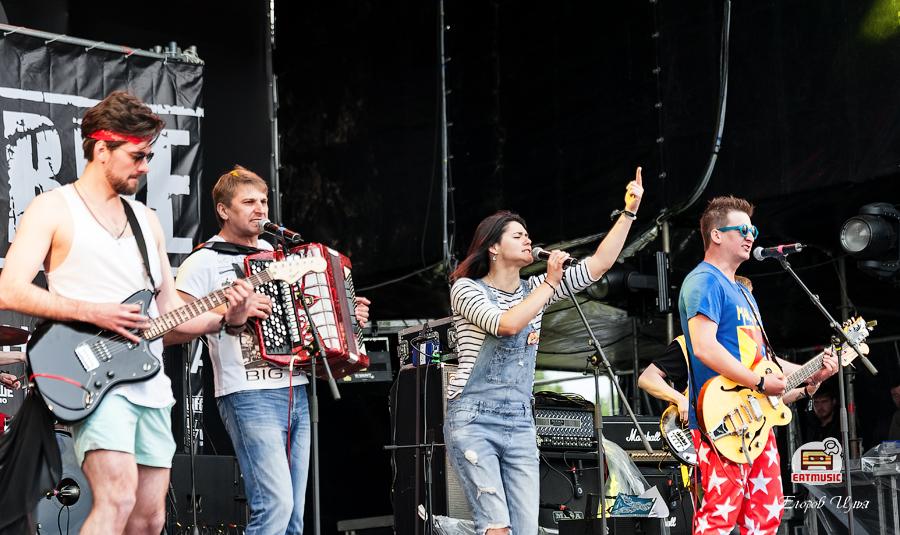 Группа OLEГ на фестивале Нашествие 2017