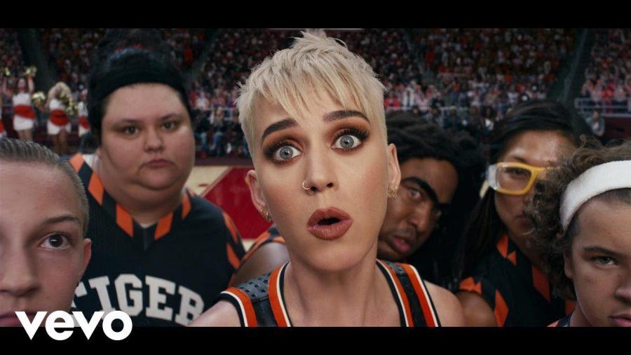 Клип Katy Perry - Swish Swish ft. Nicki Minaj