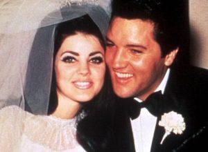Песня Elvis Presley - Love Me Tender легла в основу детской книги