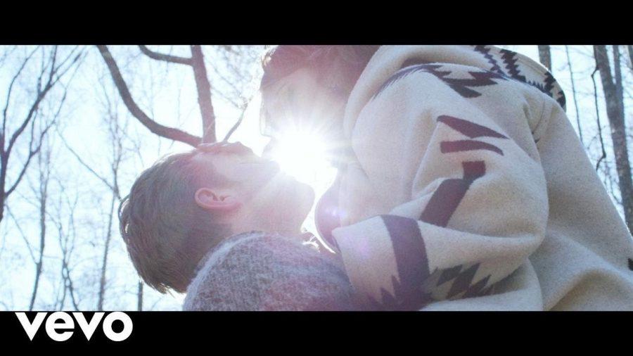 Клип Rhye - Song For You