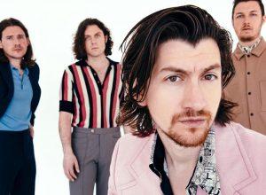 Костюм с иголочки: фотосессия Arctic Monkeys для журнала The Sunday Times