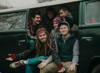 Слушать сингл ZeBros Band - Майка: рецензия | Eatmusic