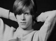 Демозапись 16-летнего Дэвида Боуи нашлась вовремя переезда