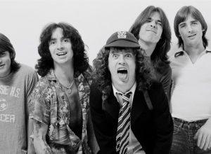 Рекорд в исполнении песни AC/DC - Highway to Hell