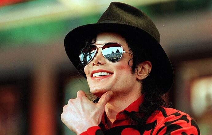 Доходы Майкла Джексона после смерти выше, чем при жизни