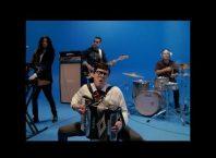 Кавер Weezer - Africa (starring Weird Al Yankovic)
