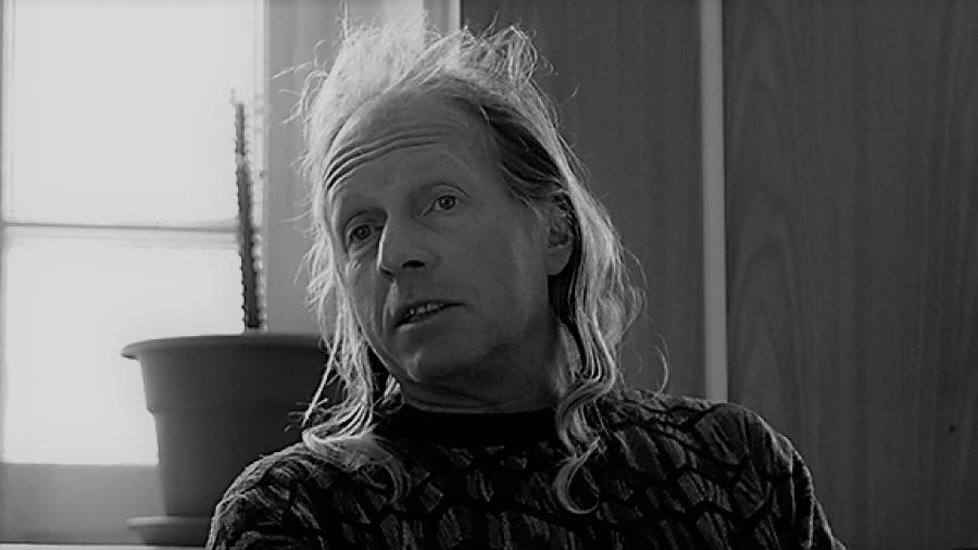 01 января умер Крис Кельми