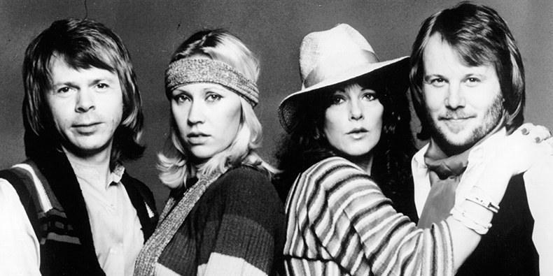 Премьера новых песен ABBA откладывается
