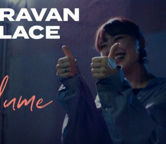 Клип Caravan Palace - Plume
